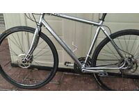 Specialized Sirrus Hybrid Disc Brakes - mint condition