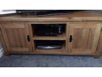 Solid oak tv unit, coffee table, 2x lamp tables and a nest of tables