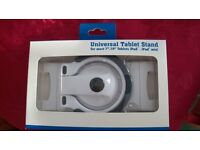 """WHITE UNIVERSAL TABLET STAND FOR MOST 7"""" 10"""" TABLETS, NEW."""