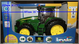 John Deere Model Tractor Bruder 7930 New