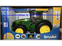 John Deere Model Tractor Bruder 7930 New