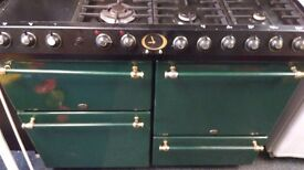 Green and gold belling cooker