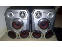Aiwa triple woofer speakers
