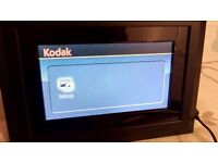 "Kodak Easyshare SV710 7 "" Digital Photo Frame good condition with stand and power adapter."