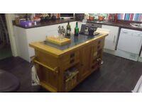 Solid oak windsor kitchen island granit top