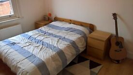 Large double room 5 min from West Hampstead stations £980pcm inc. bills