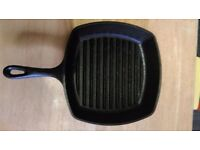 Cast iron griddle pan Lodge, £15