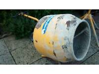BELLE CEMENT CONCRETE MIXER MINIMIX 130 WITH STAND 240V MAINS ELECTRIC WORKS PERFECT