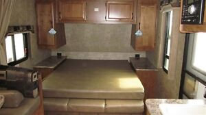 2016 Outdoors RV Creek Side 23BHS Comox / Courtenay / Cumberland Comox Valley Area image 5