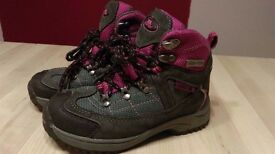 Trespass girls walking boots size 11