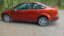 Ford Focus Saloon. 2.0 litre Ghia. Petrol.