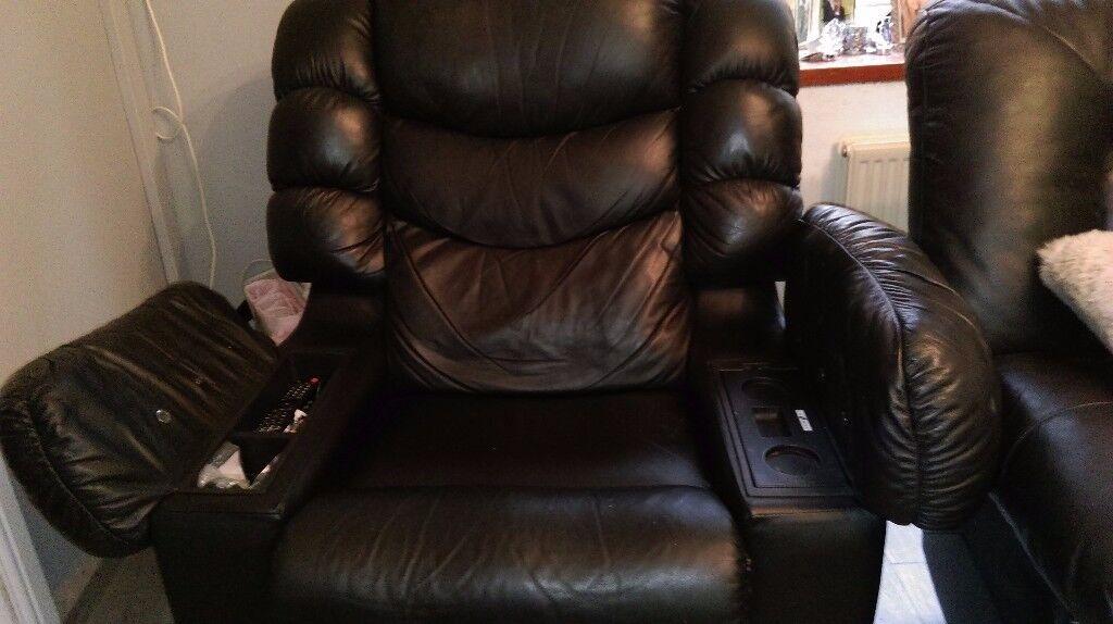 Black La-z-boy Cool Chair