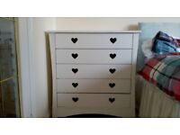 White drawers and matching unit.