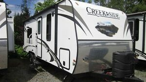 2016 Outdoors RV Creek Side 22RB Comox / Courtenay / Cumberland Comox Valley Area image 1