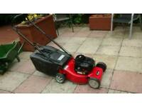 PETROL MOWER LAWNMOWER SOVEREIGN BRIGGS AND STRATTON 3.5HP ENGINE 40cm CUT RUNS LOVELY