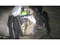 MENS CLOTHES BUNDLE 17 ITEMS L-XL