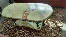 ONYX AND BRASS SUPPORTS COFFEE TABLE