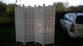 Folding room divider screen