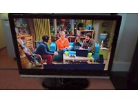 "22"" TV with built in dvd player and freeview with remote control and manual, hardly been used"