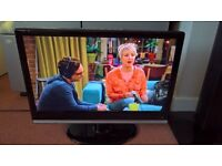 "22"" tv with built in dvd player and freeview, excellent condition, hardly used"