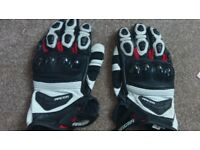Genuine Leather Motorbike Gloves (Race version) Bought from Honda RRP £90