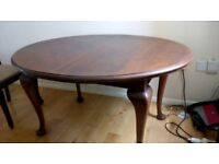 Dining Table & 4 Chairs - SOLID WOOD - Extendable