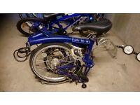 Blue brompton bike never used