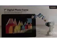 7 inch Digital Photo Frame - Elonex