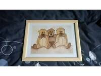 Pair of teddy pictures