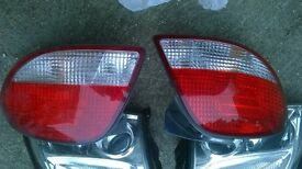 FRONT PAIR OF HEAD LIGHTS FOR HUNDAY COUPE ,PAIR REAR LAMPS SAME CAR