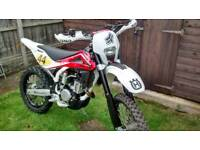 2010 Husqvarna te250 957miles immaculate. Road legal Enduro