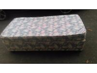 Single divan bed and mattress good condition