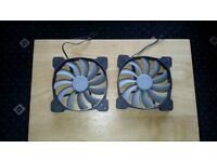 2 corsair 120mm fans
