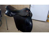 "kent and masters saddle 17.5"""