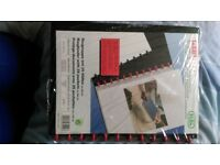 New ringbinder file, with 25 plastic pockets