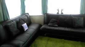 CARAVAN TO RENT IN INGOLDMELLS SKEGNESS ON THE POPULAR CORAL BEACH SITE CLOSE TO ALL ATTRACTIONS !