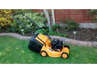 McCulloch lawnmower petrol 3.5hp Briggs and Stratton mower mp3540p 40 cm cut runs lovely