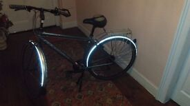 *CHARITY SALE* Ridgeback bike only ridden once - £290 or nearest offer (£700 new)