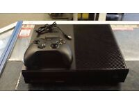 XBOX ONE CONSOLE + CALL OF DUTY + HEADSET