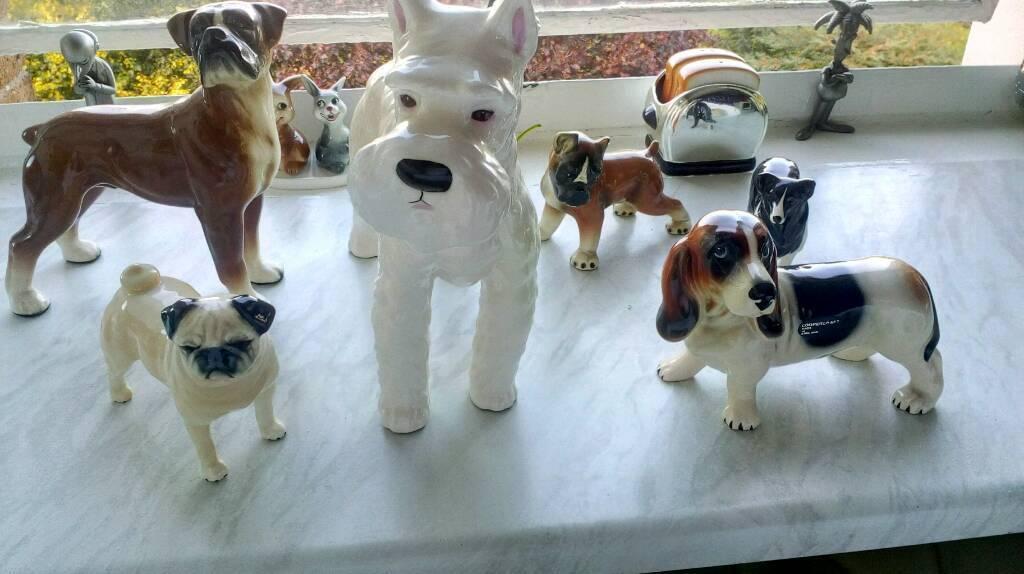 Ceramic dogs