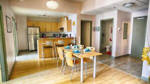 Shared Student Apts in MTL! Great downtown location near McGill!