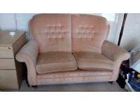 Classic 2-Seater Velour sofa