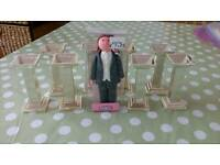 8x cake pillars and groom topper