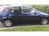 FORD FOCUS 1.6L . BLUE, LEATHER INTERIOR, MOT TILL JUNE 2017.