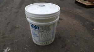 HOLD TIGHT 102 Salt Remover And Flash Rust Preventer