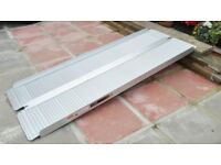 Folding Wheelchair ramp - 6ft