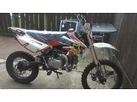 140 pit bike as good as new