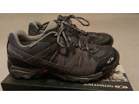 Salomon Hiking & Multi-Function Trainers in Waterproof Gore-Tex - Size 8: As New