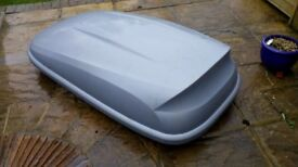 Large Halfords Roof Box with fitting instructions £85 o.n.o.