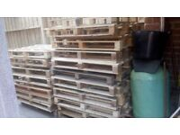 good condition wooden pallets forsale